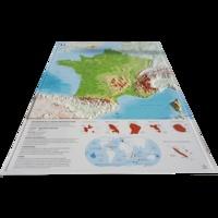 3D Map - Carte en relief de la France physique - 1/2 000 000 + Jeu de 7 cartes muettes à télécharger et imprimer.