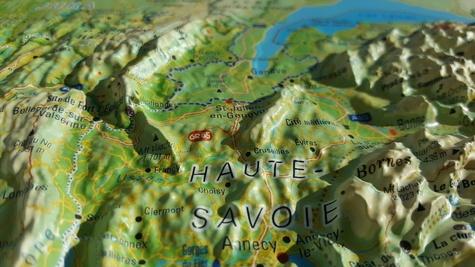 Carte en relief des Alpes françaises et de ses massifs alpins. 1/650 000