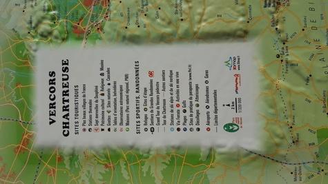 Carte en relief des PNR Vercors-Chartreuse. 1/220 000