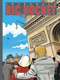 """A-P Duchâteau et  Tibet - Ric Hochet l'Intégrale Tome 20 : Code pour l'au-delà ; Dernier duel ; """"Ici 77 !..."""", A la poursuite du griffon d'or."""
