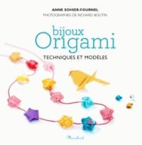 Adeline Klam - Bijoux origamis - Techniques et modèles.