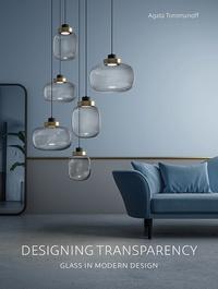 Agata Toromanoff - Designing transparency.
