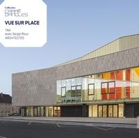 Alain Van Coppenolle et Elisabeth Tran - Vue sur Place - Le Centre sportif du grand Dole.