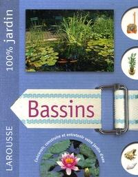 Alan Bridgewater et Gill Bridgewater - Bassins - Le guide indispensable pour concevoir, construire et entretenir bassins, jardins d'eau et fontaines.
