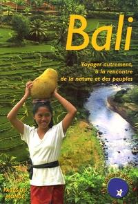 Anne Gouyon et  Bumi Kita - Bali - Voyager autrement, à la rencontre de la nature et des peuples.