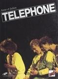 Anne et  Julien - Téléphone.