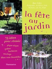 Anne Valéry - La fête au jardin.