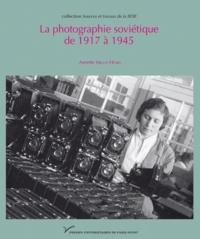 La photographie soviétique de 1917 à 1945.pdf