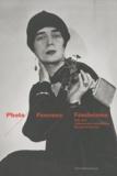 Annie Metz et Florence Rochefort - Photo Femmes Féminisme - Collection de la bibliothèque Marguerite Durand (1860-2010).