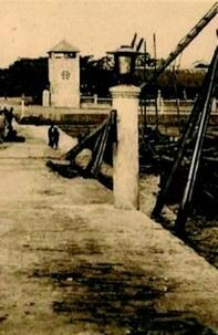 Téléchargement complet gratuit de rat de bibliothèque Kouang Tchéou-Wan, colonie clandestine  - Un territoire à bail français en Chine du Sud (1898-1946) FB2 9782846545259 en francais
