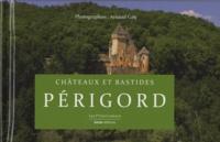 Châteaux et bastides en Périgord.pdf