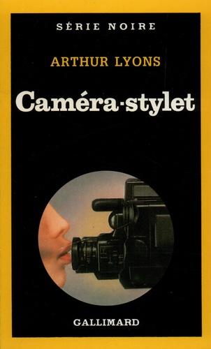 Arthur Lyons - Caméra-stylet.