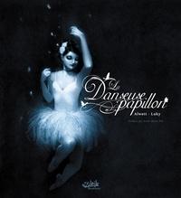 Audrey Alwett et  Luky - La danseuse papillon.