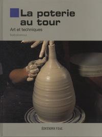 Barbaformosa - La poterie au tour.