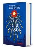 """Samantha Shannon - The Bone Season Tome 1 : Saison d'os - Avec le préquel inédit """"La rêveuse pâle""""."""