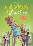 Ludowick Borecki et  Alcante - La vie compliquée de Léa Olivier Tome 3 : Chantage.