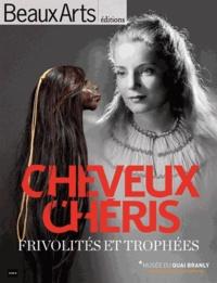 Bérénice Geoffroy-Schneiter - Cheveux chéris - Frivolités et trophées. Exposition présentée du 18/09/12 au 14/07/13 au musée du quai Branly.