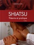 Carola Beresford-Cooke - Shiatsu - Théorie et pratique.