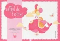 Caroline de Hugo - Coffret de bébé fille - Avec un carnet à compléter, une planche de stickers, une toise, un porte-photos.