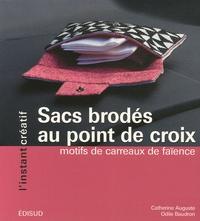 Rhonealpesinfo.fr Sacs brodés au point de croix - Motifs de carreaux de faïence Image