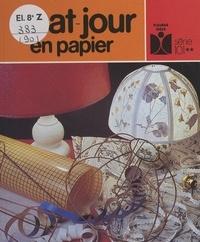 Catherine Touze et Roland Moser - Abat-jour en papier.