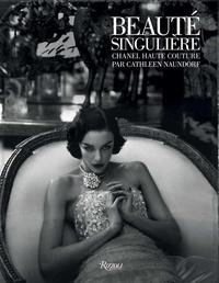 Cathleen Naundorf - Beauté singulière - Chanel haute couture.