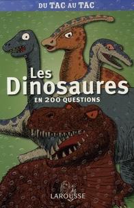 Céline Gottel - Les dinosaures en 200 questions.
