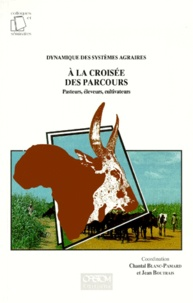 A LA CROISEE DES PARCOURS. Pasteurs, éleveurs, cultivateurs.pdf