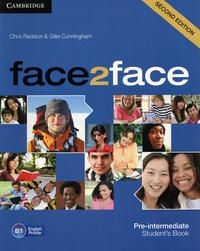 Chris Redston et Gillie Cunningham - Face2face Pre-intermediate - Student's Book.