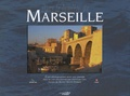 Christian Crès et Michel Martin-Roland - Dans la lumière de Marseille - Cent photographies pour une journée dans la cité phocéenne.