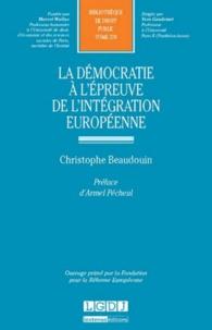 La démocratie à lépreuve de lintégration européenne.pdf