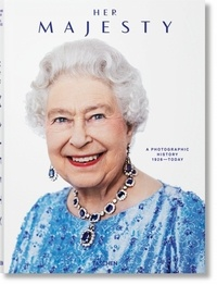 Christopher Warwick - Her Majesty - A Photographic History 1926–Today.