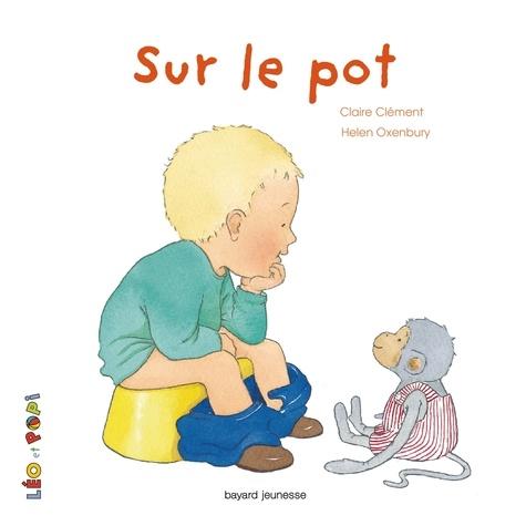 Claire Clément et Lucy Brum - Sur le pot.