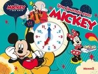 Collectif - Disney Mickey et ses amis - Une journée avec Mickey.