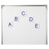 Collectif - Lettres capitales magnetiques grand format.