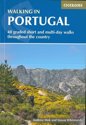 Collectif - Walking in Portugal.