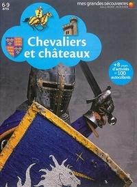 Collectifs Gallimard jeunesse - Chevaliers et châteaux.