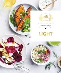 Coralie Ferreira - Light - 65 recettes variées, colorées et pleines de goût pour manger plus léger.