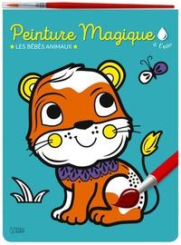 Corinne Lemerle - Peinture magique à l'eau - Les bébés animaux, avec un pinceau.