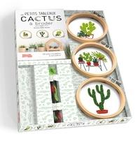 Téléchargement d'ebooks gratuitement Petits tableaux de cactus à broder  - Avec 3 tambours à broder, 3 échevettes de fil et 1 aiguille à broder 9782295005946 FB2 MOBI par Corinne Oddo-Vallette