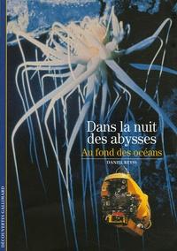Dans la nuit des abysses - Au fond des océans.pdf