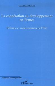 La coopération au développement en France 1997-2004 - Réforme et modernisation de lEtat.pdf