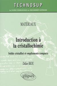 Introduction à la cristallochimie - Solide cristallisé et empilements compacts.pdf