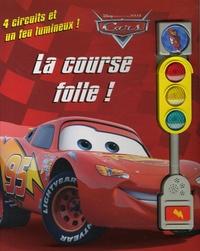 Disney et  Pixar - Cars La course folle ! - 4 Circuits et un feu lumineux !.