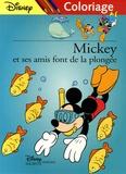 Disney - Mickey et ses amis font de la plongée - Coloriage.