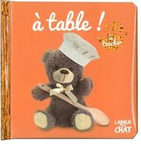 Dorling Kindersley - A table !.