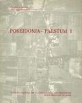 """Emanuele Greco et Dinu Theodorescu - Poseidonia-Paestum - Tome 1, La """"Curia""""."""