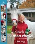 Emmanuelle Brengard - Je soigne mon cheval.
