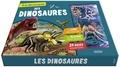 Emmanuelle Ousset et  Ples - A la découverte des dinosaures - Avec 1 plateau aimanté et 39 pièces magnétiques.