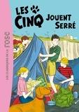 Enid Blyton et Claude Voilier - Le Club des Cinq Tome 38 : Les cinq jouent serrés.